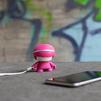 Xoopar mini Xboy (XBOY81001.24A) (розовый) - Колонка для телефона и планшетаПортативная акустика<br>Источник звука, будь то плеер, смартфон или планшетный компьютер, может быть подключен к Xoopar Mini Xboy посредством беспроводной технологии Bluetooth.<br>