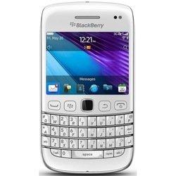 BlackBerry Bold 9790 (белый) :