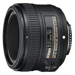 Nikon 50mm f/1.8G AF-S Nikkor :