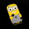 Силиконовый чехол-накладка для Apple iPhone 5, 5S (R0001211) (Миньон лохматый серые штаны) - Чехол для телефонаЧехлы для мобильных телефонов<br>Плотно облегает корпус и гарантирует надежную защиту от царапин и потертостей.<br>