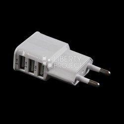 Универсальное сетевое зарядное устройство, адаптер 3хUSB, 2.1А (Liberti Project 0L-00000676) (белый)