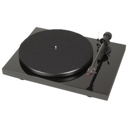 Pro-Ject Debut Carbon Phono USB OM-10