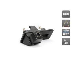 CCD штатная камера заднего вида с динамической разметкой для Skoda Fabia, Octavia, Roomster, Superb, Yeti, интегрированная с ручкой багажника (AVIS AVS326CPR (#123))
