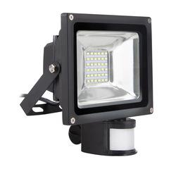 Светодиодный прожектор Smartbuy SBL-FLSen-20-65K - Садовый прожекторПрожекторы<br>Отсутствие мерцания обеспечивает меньшую утомляемость глаз. Большой срок службы — 30 000 часов работы.<br>Широкий рабочий температурный режим от -20° до +45°С. Не содержит ртуть, экологически безопасен. Оснащен датчиком движения.