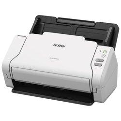Brother ADS-2200 - СканерСканеры<br>Brother ADS-2200 - протяжный, CIS, 600x600 dpi, устройство автоподачи, USB 2.0