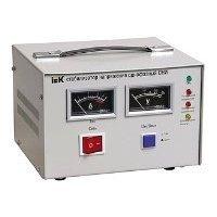 IEK СНИ1-2 кВА - Стабилизатор напряженияСтабилизаторы напряжения<br>IEK СНИ1-2 кВА - электромеханический стабилизатор напряжения, 2000 В·А