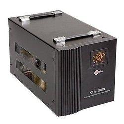 ЭРА STA-3000 - Стабилизатор напряженияСтабилизаторы напряжения<br>ЭРА STA-3000 - релейный стабилизатор напряжения, 3000 Вт