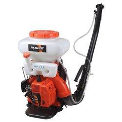 Бензиновый опрыскиватель PATRIOT PT 415 WF-12 - ОпрыскивательЭлектрические и бензиновые опрыскиватели<br>Бензиновый опрыскиватель PATRIOT PT 415 WF-12 - тип питания: топливо, мощность: 2.13 кВт, количество сил в двигателе: 2.90 л.с., номинальный объем бака для распыления: 14 л, максимальный расход жидкости: 4 л/мин, максимальная дальность распыления по горизонтали: 12 м, способ транспортировки: ранцевый