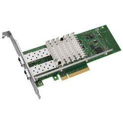 Intel X520-DA2 E10G42BTDA 900139 - Сетевая картаСетевые карты и адаптеры<br>Интерфейс PCIe v2.0 (5.0GT/s), контроллер Intel 82599ES, технология Intel® Data Direct I/O, интеллектуальная система аппаратной разгрузки, QoS на чипе и управление трафиком, гибкое секционирование по портам, поддержка PCI-SIG* SR-IOV, технология Virtual Machine Device queues (VMDq).