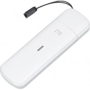 ZTE MF833R (белый) - 3G модемМодемы<br>Внешний модем, класс: 2G/3G/4G, подключение по USB, маршрутизатор, Firewall. Платформа Qualcomm MDM9207, флэш память — 2Gb, встроенная память — 1Gb; возможность установки карты памяти формата MicroSD до 32 Гб.