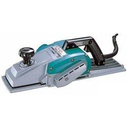 Makita 1806B - РубанокРубанки<br>Потребляемая мощность: 1200 Вт, частота холостого хода: 15000 об/мин, ширина ножей: 170 мм, толщина снимаемой стружки: 0-2 мм, габаритная длина: 525 мм, масса: 8,8 кг.
