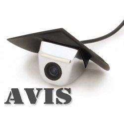CCD штатная камера переднего вида для MERCEDES (Avis AVS324CPR (#113)) - Камера заднего видаКамеры заднего вида<br>Штатная камера переднего вида незаметна и проста в установке. Разрешение в 420 линий и широкий угол обзора дают полную информацию всего происходящего, класс пыле- и влагозащиты IP67.