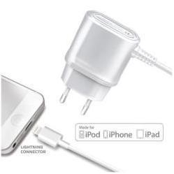 Сетевое зарядное устройство Lightning - USB для Apple iPhone 5, 5C, 5S, 6, 6 plus, iPad 4, Air, Air 2, mini 1, mini 2, mini 3 (Celly TCIP5) (белый)