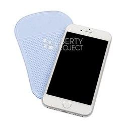 Противоскользящий коврик 8.5х15 см (0L-00030758) (голубой) - Автомобильный держатель для телефонаАвтомобильные держатели для мобильных телефонов<br>Противоскользящий коврик на приборную панель автомобиля, размер 8.5х15 см, сохраняет предметы на месте даже под углом наклона 40 градусов, можно стирать.